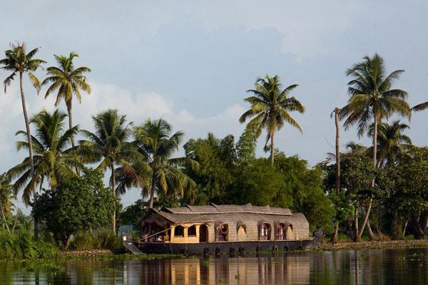 Kerala Tour Package - Houseboat